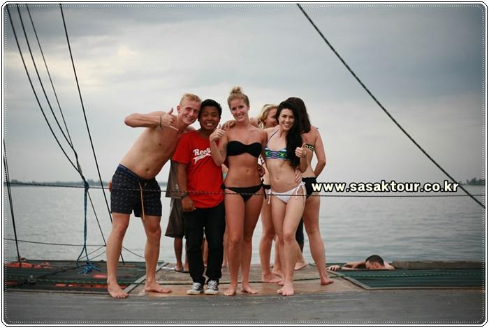 partyboat22b0b7e966fb91403e585e0128fedf47.JPG